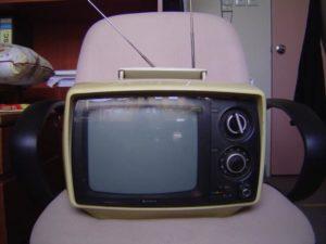 2013.07 television 5449218572_e8ea88de3e_o