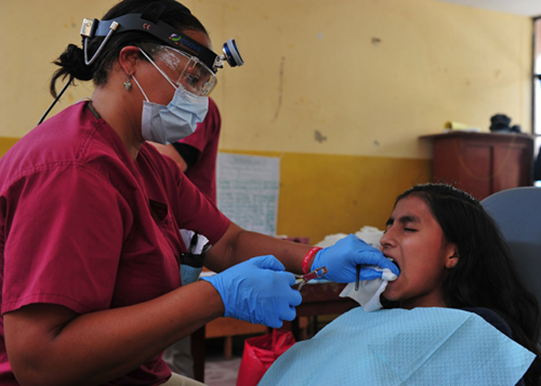 2014.01 dentist-79651_1280